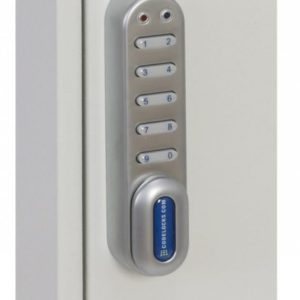 This Phoenixsafe Deep key cabinet KC0300 Series - KC0302E has a reliable and economical electronic lock with 10 digits. It allows the user the option to choose a code length for opening, and it's easy to programme.