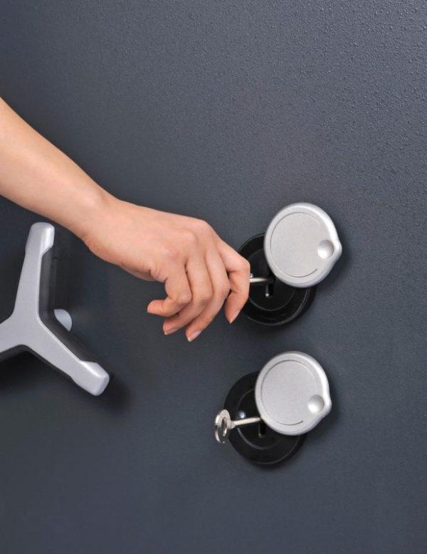 chubbsafes tridaent grade 6 210k twin key locks