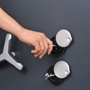 Trident Grade 5 600k with keys in locks